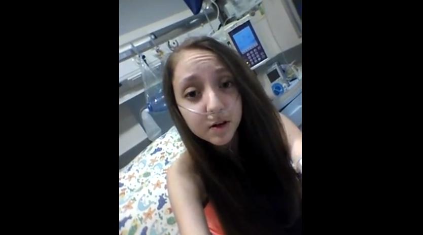 Tiene 14 años y ha grabado un vídeo pidiendo su muerte