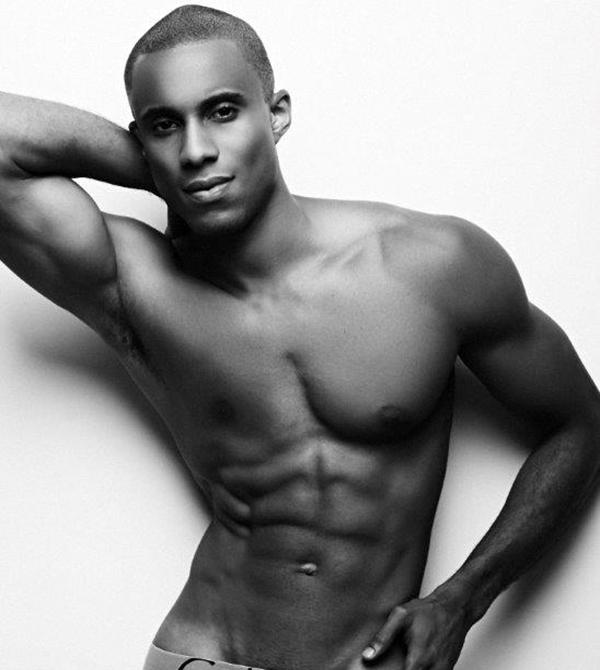Alexandre Carrim desnudo: de ingeniero a modelo por sorpresa