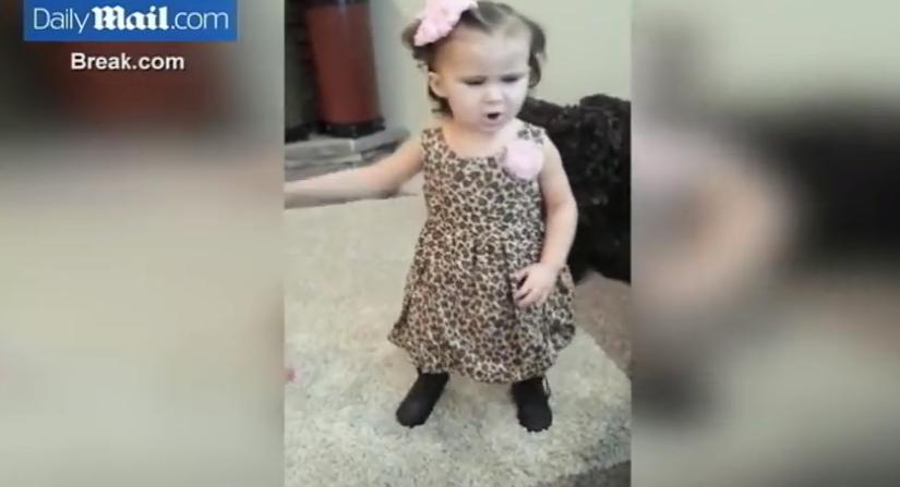 El vídeo de la niña rapera que arrasa en las redes