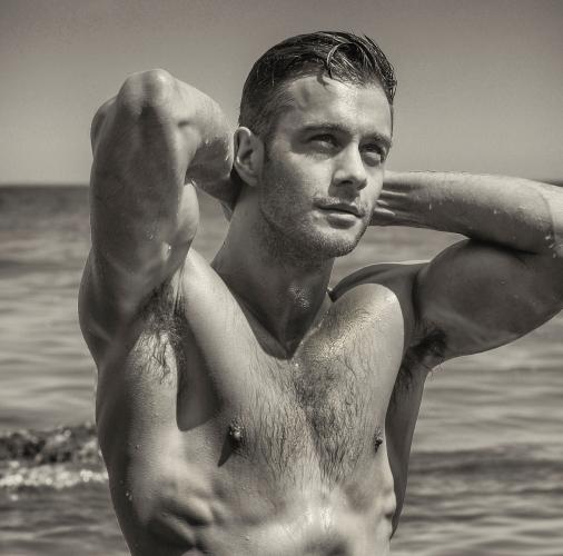 Adam Phillips desnudo, el inglés más hot