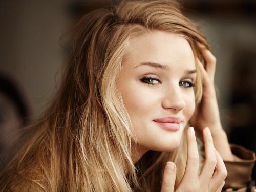 10 trucos de maquillaje para hacer que tus ojos parezcan más grandes