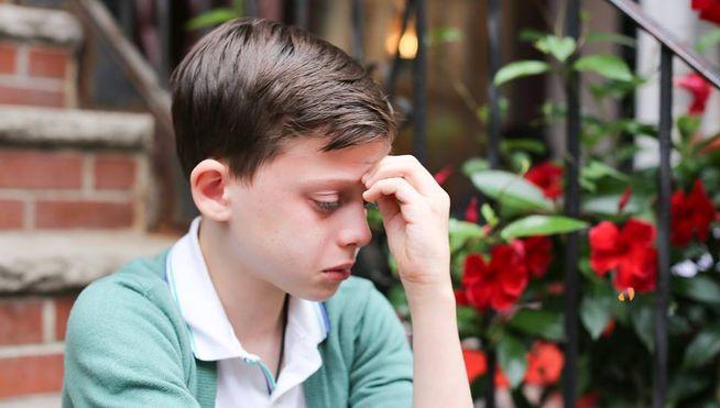 Un niño gay llorando se hace viral pero... ¿qué le pasa?