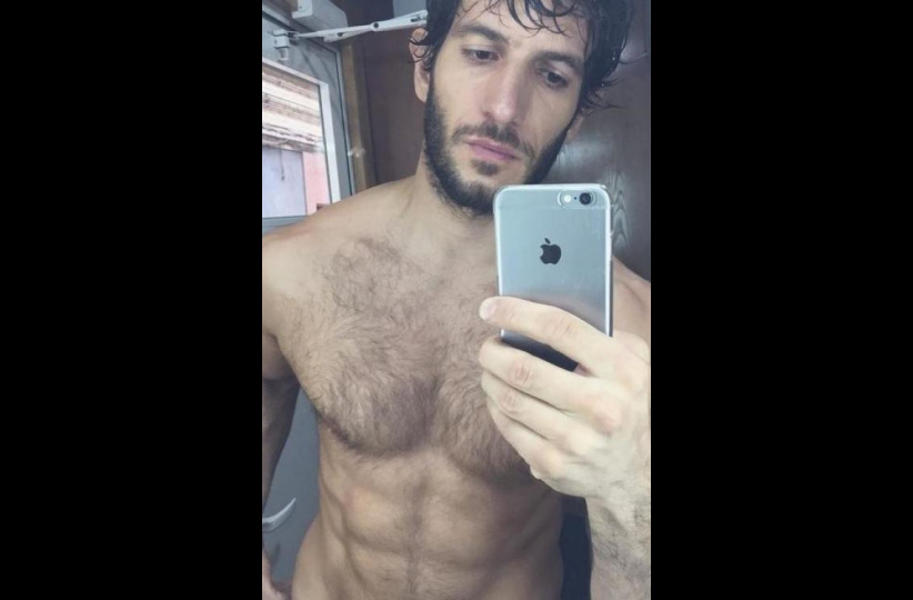 Quim Gutiérrez desnudo en su Instagram presumiendo de abdominales
