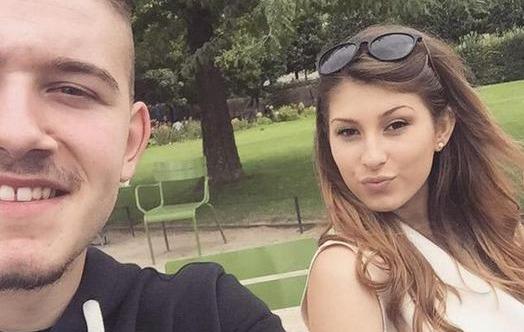 Su novio la 'sustituye' por el FIFA y ella responde de forma épica