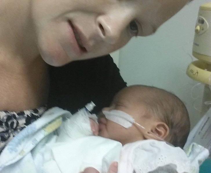 Su bebé murió por un beso. Ahora cuenta su historia para que a nadie le pase