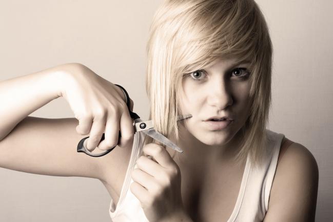 Corte de pelo para eliminar puntas abiertas