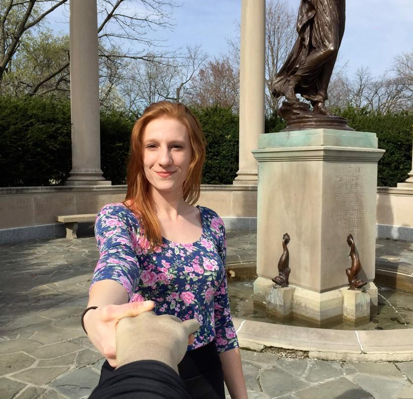 El palo selfie que imita al brazo de tu novio