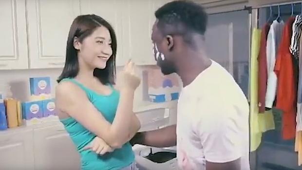 Este anuncio de detergente, ¿el más racista de la historia?