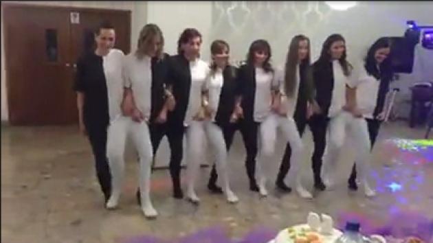 La coreografía viral que ha confundido a todo internet