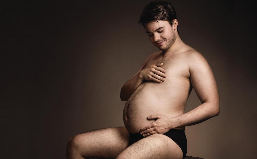¿Sabrías decir qué anuncian estos hombres embarazados?