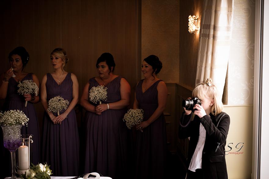 ¿Por qué todas las novias quieren contratar a esta fotógrafa de 9 años?