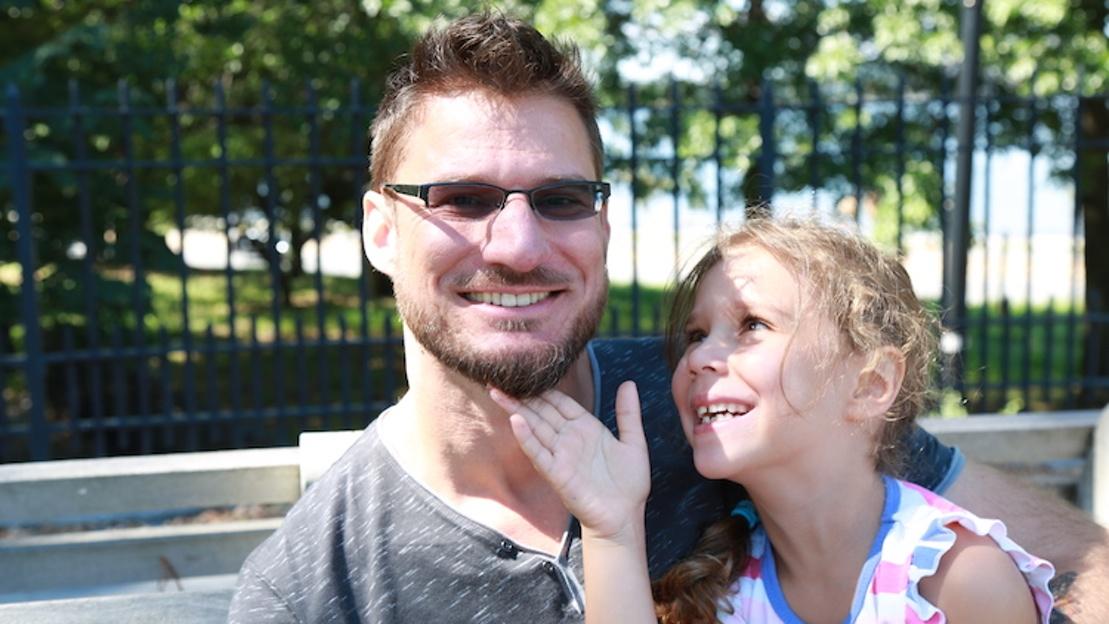 Este padre soltero cría a su hija sin prejuicios ni estereotipos simplemente haciendo esto