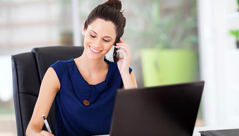 La ropa que llevas al trabajo está afectando a tu sueldo