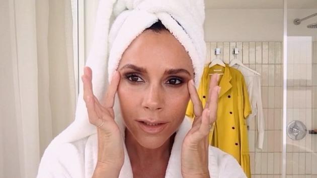 ¿Por qué todo el mundo está hablando de este tutorial de Victoria Beckham?