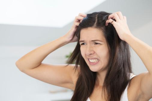 ¿Cómo tratar las intoxicaciones y alergias del tinte de pelo casero?