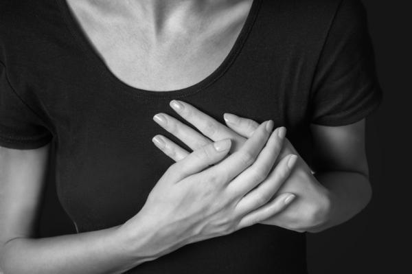 ¿Por qué son los pinchazos en el corazón?