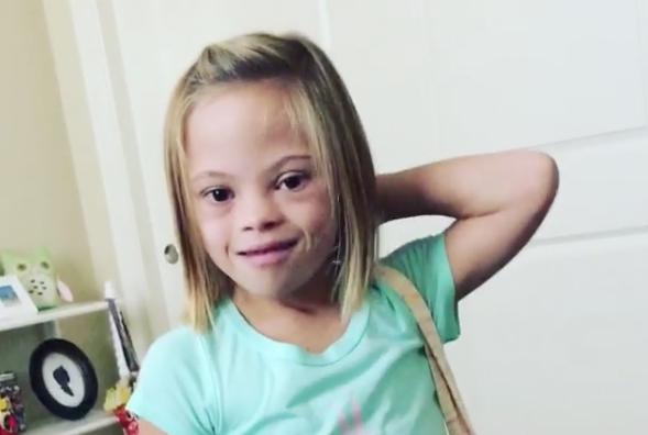 La niña que conmueve al mundo diciendo que el Síndrome de Down es 'emocionante'