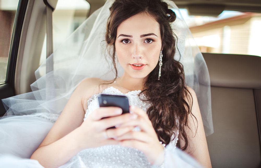 Pide el divorcio dos horas después de la boda porque su mujer usó Snapchat