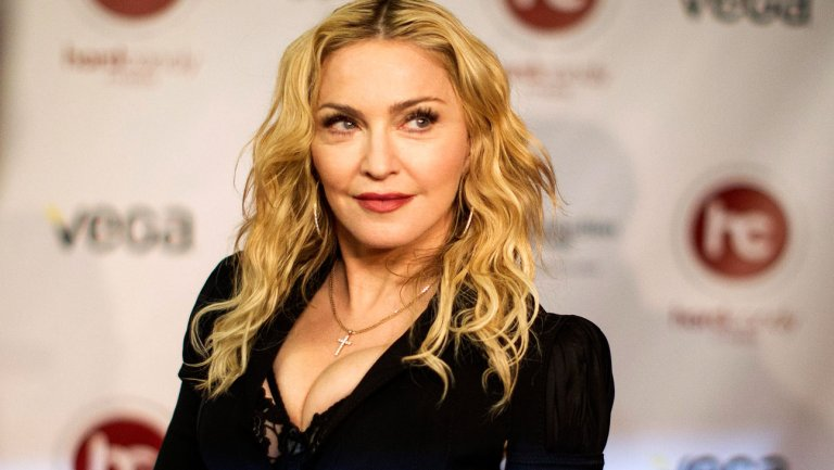 """""""Si votáis a Hillary Clinton, os haré una mamada"""", dice Madonna"""
