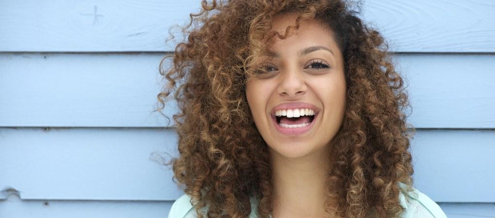 4 trucos caseros para desenredarte el pelo