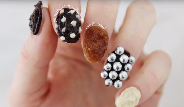 uñas de chocolate