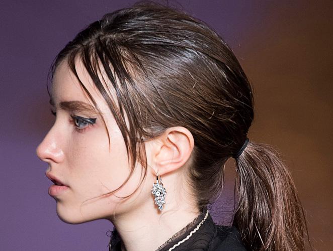 Los mejores consejos para cuidar un pelo graso