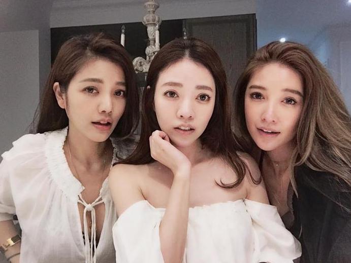 Esta familia asiática te vuelve loca: ¿quién es la madre de 63 años? ¿Y  las hijas de 40?