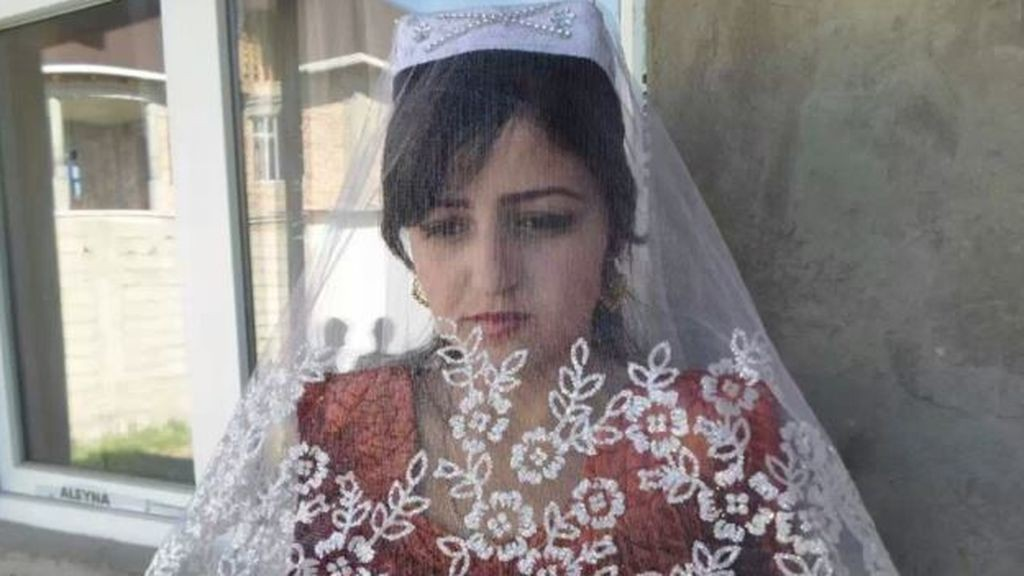 mujer se suicida test virginidad