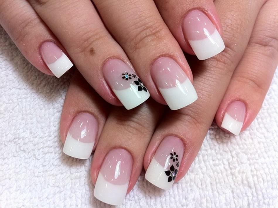 ¿Qué diferencia hay entre las uñas de gel y las uñas de porcelana?
