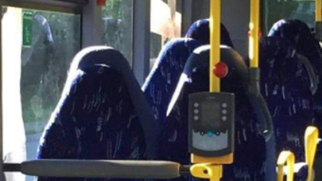 mujeres con burka autobus
