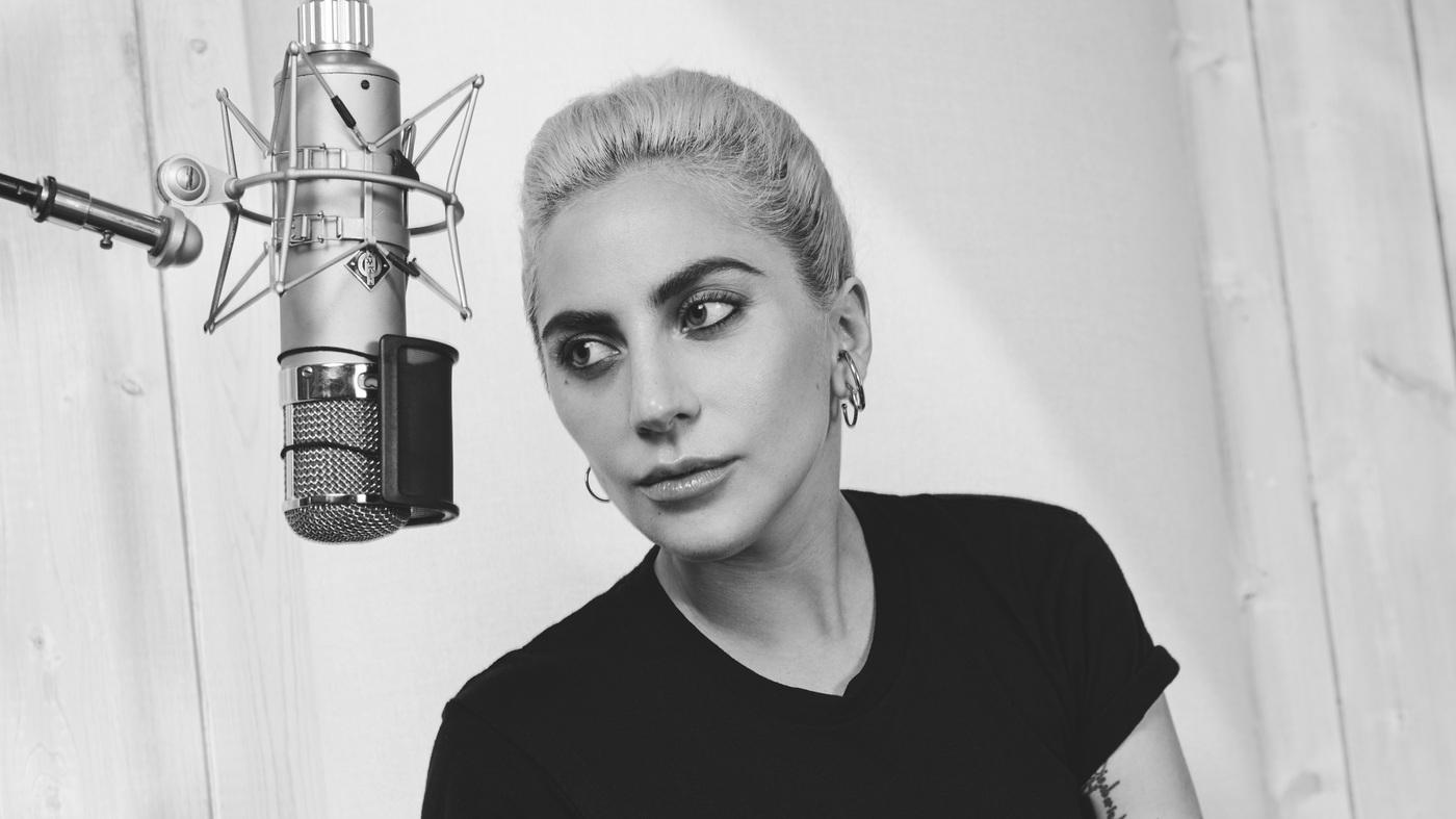 Lady Gaga se retira y confiesa que sufre una enfermedad
