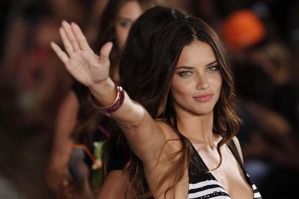 Top models para la historia: vida y mejores fotos de Adriana Lima