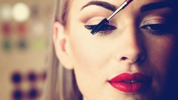 maquillaje pestañas largas