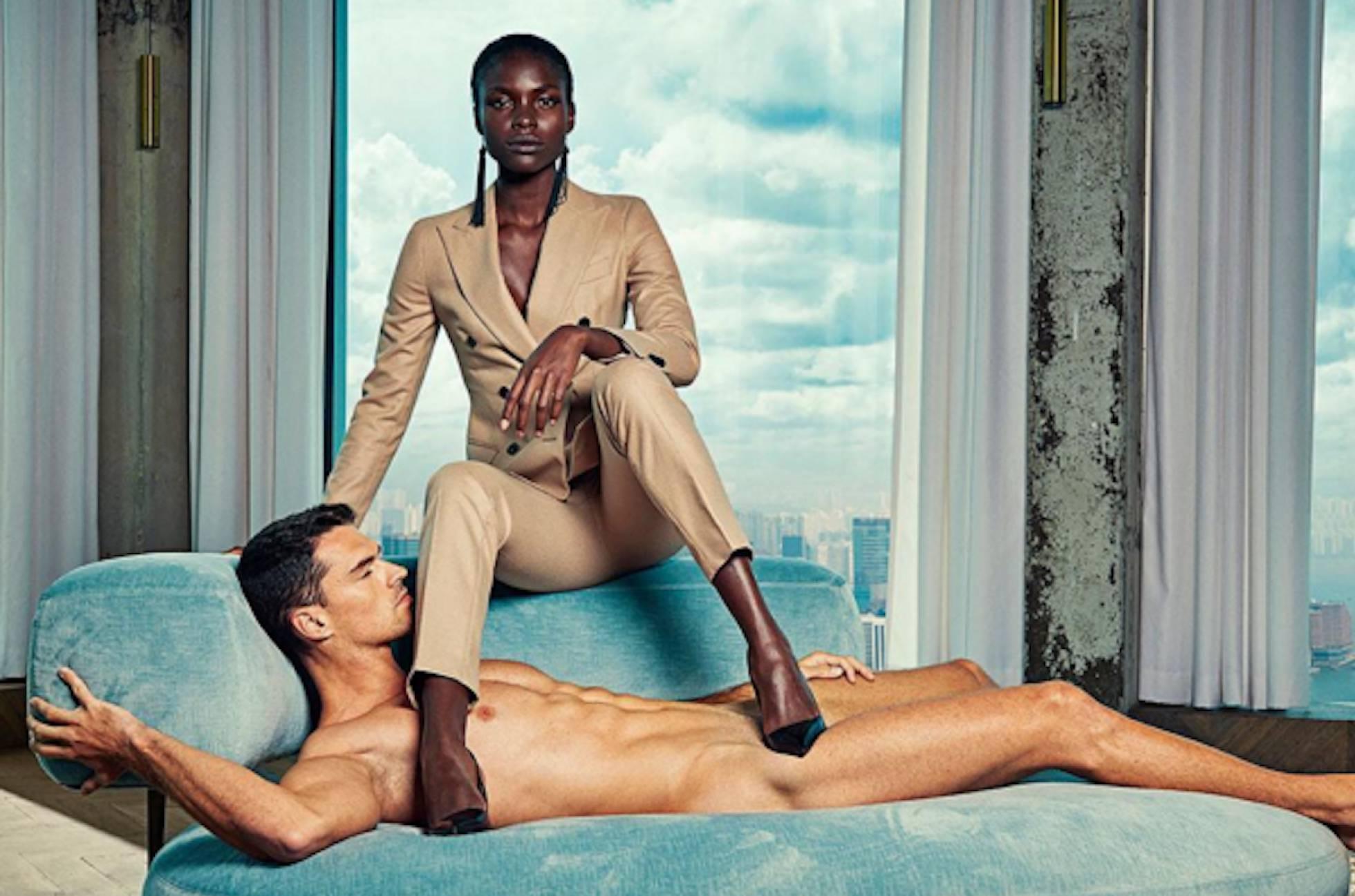 campaña de moda hombres desnudos