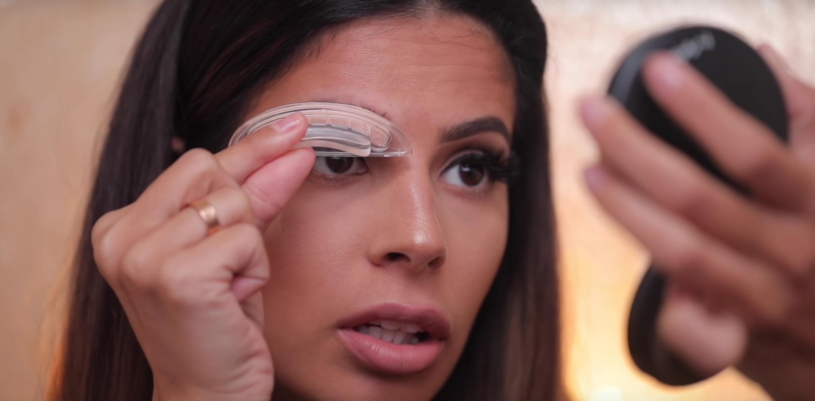 #browstamp, la nueva forma de maquillar tus cejas con un sello