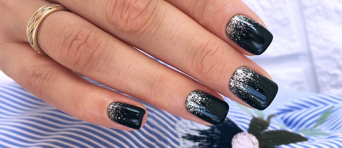Uñas para Nochevieja: las mejores manicuras para una noche especial