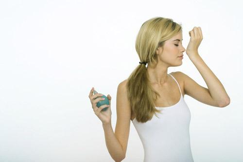 ¿Sabes cómo cuidar tus perfumes?